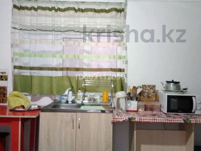 4-комнатный дом, 190 м², 10 сот., улица Сулусай 55 за 7.5 млн 〒 в Таразе