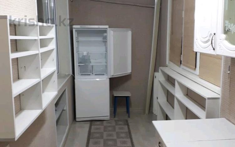 3-комнатная квартира, 76 м², 2/5 этаж помесячно, 26-й мкр, 26-й мик 41 дом за 110 000 〒 в Актау, 26-й мкр