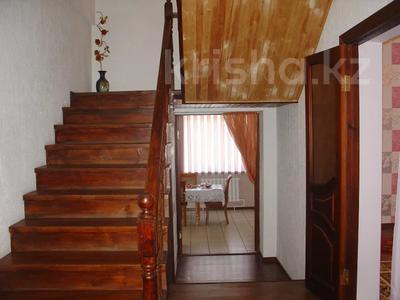 6-комнатный дом, 261 м², 10 сот., Алматинская за 25 млн 〒 в Есик — фото 15