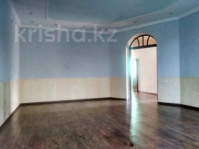 6-комнатный дом, 261 м², 10 сот., Алматинская за 25 млн 〒 в Есик — фото 2