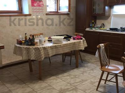 6-комнатный дом, 350 м², 12 сот., Шукшина за 125 млн 〒 в Нур-Султане (Астана), Алматы р-н — фото 11