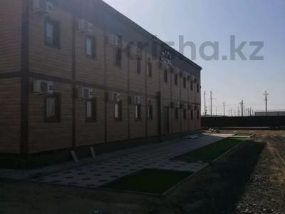 Здание, площадью 3000 м², Тенгиз за 550 млн 〒 в Атырау — фото 11