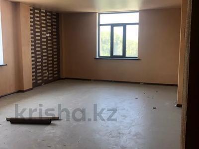 Здание, площадью 1200 м², мкр Акбулак 136 за 120 млн 〒 в Алматы, Алатауский р-н — фото 15