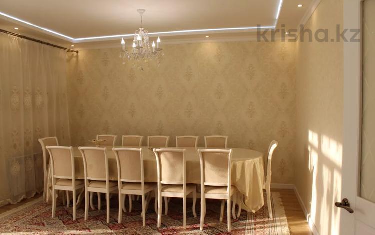 4-комнатная квартира, 131 м², 6/9 этаж, мкр Кадыра Мырза-Али, 5 20 за 45 млн 〒 в Уральске, мкр Кадыра Мырза-Али