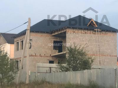 7-комнатный дом, 370.9 м², 10 сот., мкр Юго-Восток за 30.5 млн 〒 в Караганде, Казыбек би р-н