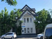 Здание, площадью 645 м²