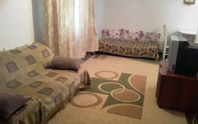 3-комнатная квартира, 72 м², 1/3 этаж посуточно, Аскарова 3 за 10 000 〒 в Шымкенте