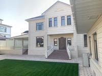 7-комнатный дом, 550 м², 10 сот.