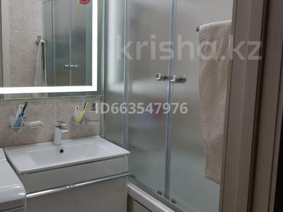 3-комнатная квартира, 65 м², 5/5 этаж, Мкр Михайловка, Кривогуза 45 за ~ 22 млн 〒 в Караганде, Казыбек би р-н