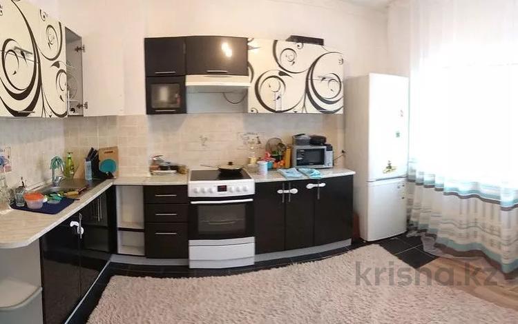 2-комнатная квартира, 72.9 м², 10/16 этаж, Бауыржана Момышулы за 21 млн 〒 в Нур-Султане (Астана), Алматинский р-н