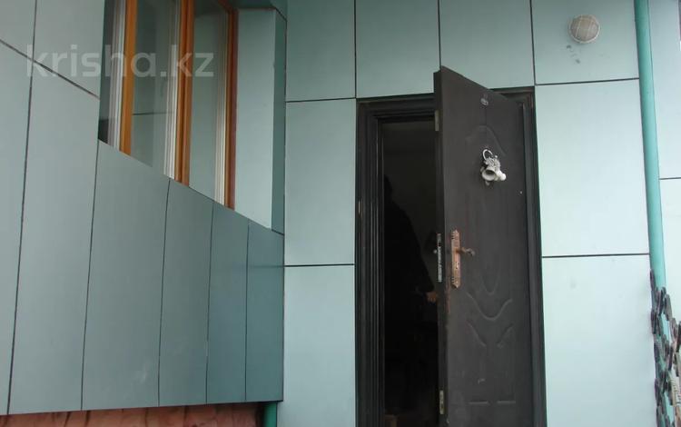 5-комнатный дом помесячно, 185 м², 4 сот., Утемисова 47 — Некрасова за 150 000 〒 в Актобе, Старый город
