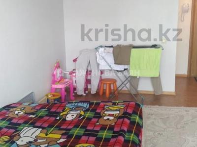 1-комнатная квартира, 45 м², 5/12 этаж, Валиханова за 16.3 млн 〒 в Нур-Султане (Астана), р-н Байконур — фото 15