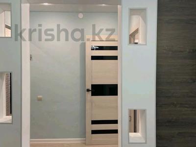 1-комнатная квартира, 55 м², 1/4 этаж посуточно, улица Ленина 20 — Агыбай батыра за 12 000 〒 в Балхаше
