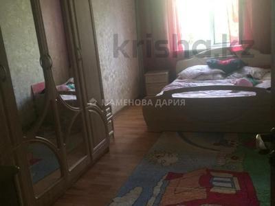 3-комнатная квартира, 59 м², 4/4 этаж, мкр Сайран, Мкр Сайран — Абая за 19 млн 〒 в Алматы, Ауэзовский р-н