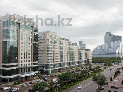 1-комнатная квартира, 47 м², 6/12 этаж посуточно, Кунаева 35 — Орынбор за 10 000 〒 в Нур-Султане (Астана) — фото 10