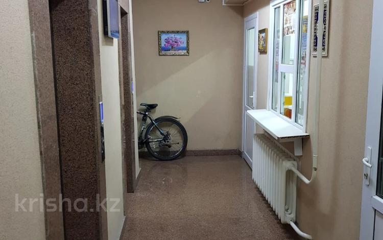 1-комнатная квартира, 52 м², 12/16 этаж, Акмешит 7 за 18 млн 〒 в Нур-Султане (Астана), Есиль р-н