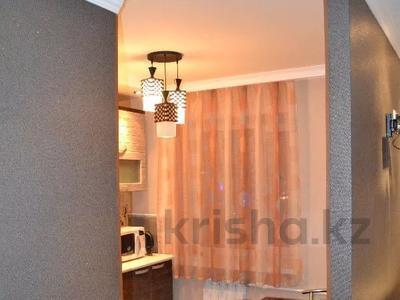 1-комнатная квартира, 35 м² посуточно, Гоголя 41 — Алиханова за 5 500 〒 в Караганде, Казыбек би р-н — фото 5