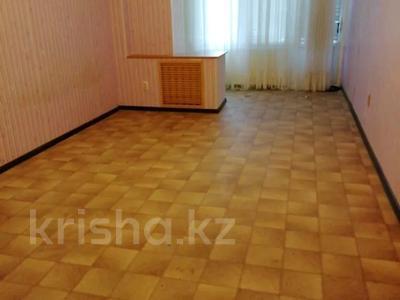 2-комнатная квартира, 45 м² помесячно, 11-й мкр 40 за 70 000 〒 в Актау, 11-й мкр