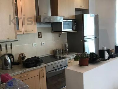 2-комнатная квартира, 80 м², 9 этаж, Кабанбай батыр 11 за 25.8 млн 〒 в Нур-Султане (Астана), Есиль р-н — фото 2