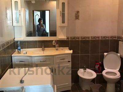 2-комнатная квартира, 80 м², 9 этаж, Кабанбай батыр 11 за 25.8 млн 〒 в Нур-Султане (Астана), Есиль р-н — фото 4