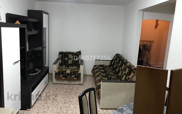 2-комнатная квартира, 44 м², 2/5 этаж, Абулхаирхана 5 за 7.7 млн 〒 в Актобе, Старый город