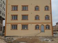 Здание, площадью 830 м²