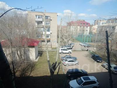 3-комнатная квартира, 55 м², 3/5 этаж, Сакена Сейфуллина 29 за 14.8 млн 〒 в Нур-Султане (Астана), Сарыарка р-н — фото 18