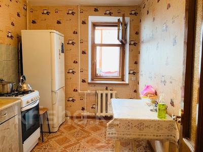 2-комнатная квартира, 55 м², 6/9 этаж помесячно, проспект Абилкайыр Хана — проспект Алии Молдагуловой за 70 000 〒 в Актобе