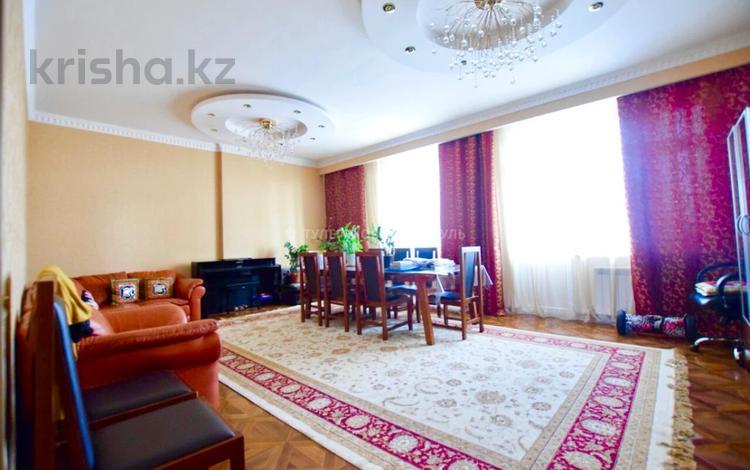 4-комнатная квартира, 147 м², 9/17 этаж, М. Габдуллина за 43.5 млн 〒 в Нур-Султане (Астана), р-н Байконур