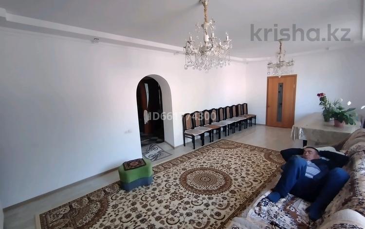 5-комнатный дом, 250 м², 20 сот., Рыскулова 13 — Рыскулова за 15 млн 〒 в