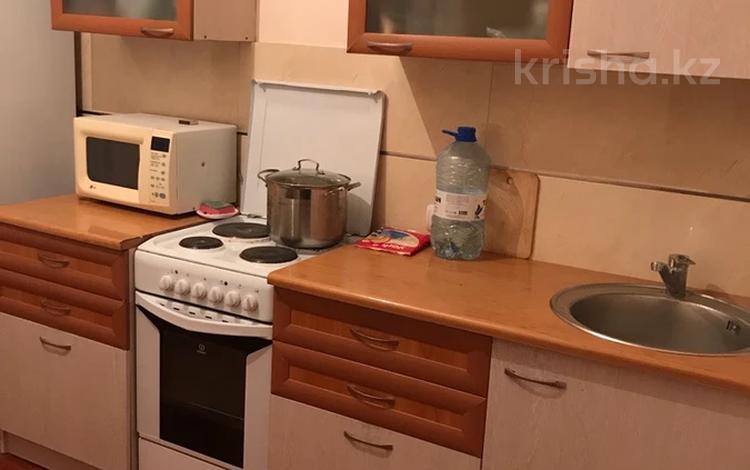 1-комнатная квартира, 50 м², 8/10 этаж помесячно, Кунаева 35 за 110 000 〒 в Нур-Султане (Астана), Есиль р-н