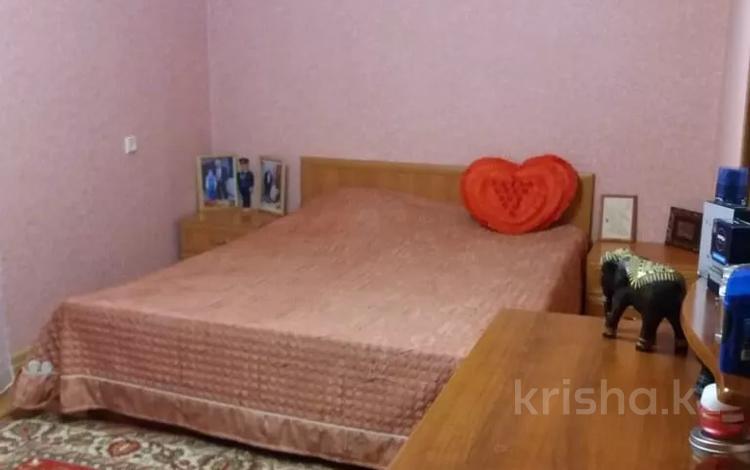 5-комнатный дом, 250 м², 16 сот., Воронина за 65 млн 〒 в Усть-Каменогорске