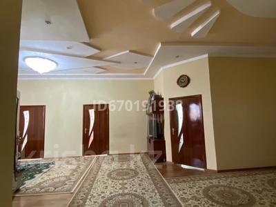 6-комнатный дом, 270 м², 0.8 сот., мкр Кайтпас 2 за 39 млн 〒 в Шымкенте, Каратауский р-н
