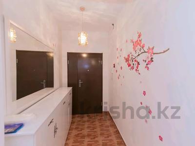3-комнатная квартира, 145 м², 26/37 этаж посуточно, Достык 5 — Акмешет за 15 000 〒 в Нур-Султане (Астана), Есиль р-н — фото 2
