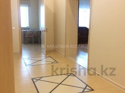 2-комнатная квартира, 90 м², 18/42 этаж, Достык 5 за 31.5 млн 〒 в Нур-Султане (Астане), Есильский р-н