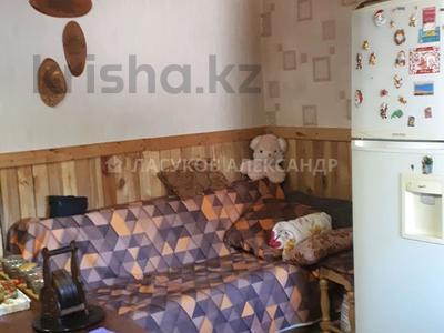 4-комнатный дом, 87 м², 4.5 сот., Мусы Джалиля за 18.4 млн 〒 в Караганде, Казыбек би р-н