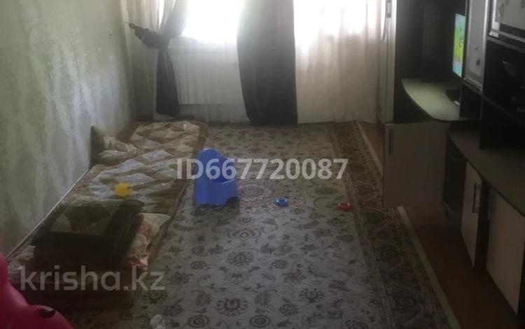 2-комнатная квартира, 85 м², 4/5 этаж, Микрорайон 5 6 за 9.5 млн 〒 в Таразе