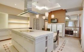 4-комнатная квартира, 150 м², 10 этаж помесячно, Снегина 32/1 за 750 000 〒 в Алматы