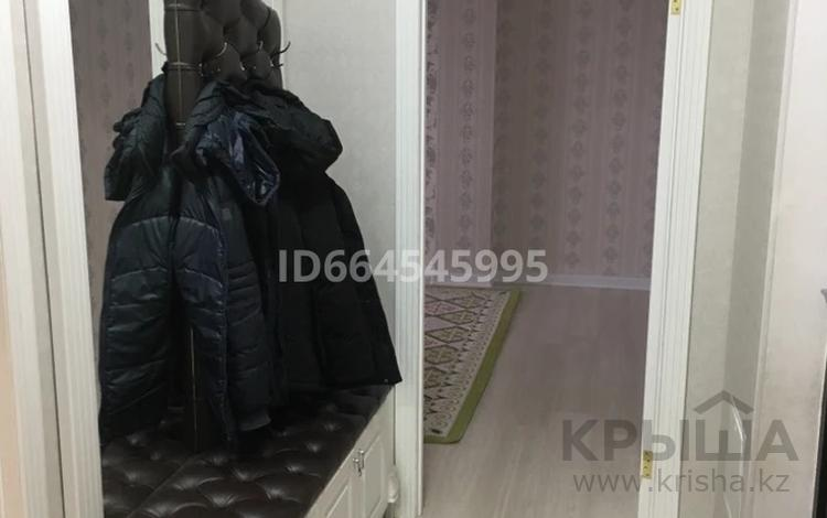 2-комнатная квартира, 65 м², 3/15 этаж, Туркестан 10 — Орынбор за 30.7 млн 〒 в Нур-Султане (Астана), Есильский р-н