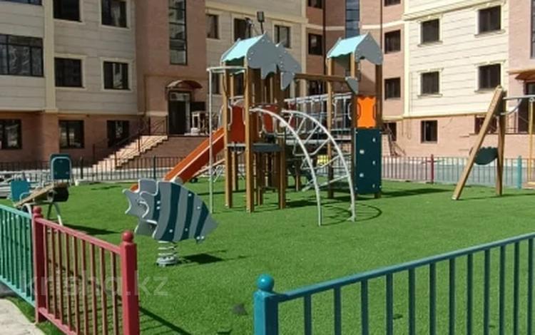 2-комнатная квартира, 78 м², 3/5 этаж, 16-й мкр 79 за ~ 17.9 млн 〒 в Актау, 16-й мкр