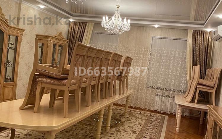 10-комнатный дом, 512 м², 10 сот., мкр Тараз 98 — Рыскулова за 160 млн 〒 в Шымкенте, Енбекшинский р-н