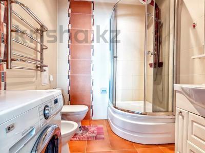 3-комнатная квартира, 150 м², 17/44 этаж посуточно, Достык 5 — Сауран за 15 000 〒 в Нур-Султане (Астана), Есиль р-н — фото 11
