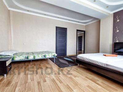 3-комнатная квартира, 150 м², 17/44 этаж посуточно, Достык 5 — Сауран за 15 000 〒 в Нур-Султане (Астана), Есиль р-н — фото 9