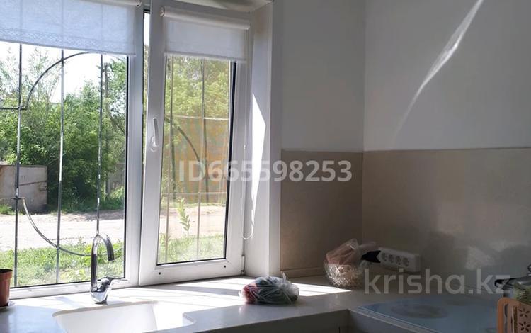 2-комнатная квартира, 46 м², 1/3 этаж, улица Ермака 23 за 10 млн 〒 в Павлодаре