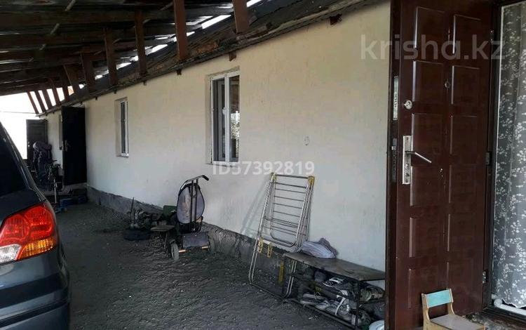6-комнатный дом, 65 м², 10 сот., мкр Нуршашкан (Колхозши), Досболби 74 за 23 млн 〒 в Алматы, Турксибский р-н