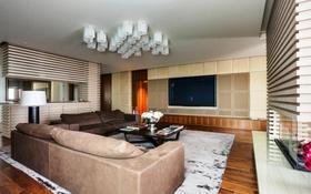 3-комнатная квартира, 140 м² помесячно, Назарбаева 223 за 700 000 〒 в Алматы