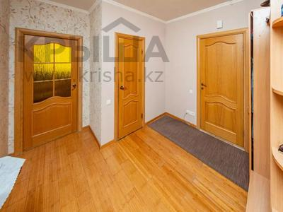 3-комнатная квартира, 87 м², 7/12 этаж, Кенесары за 28 млн 〒 в Нур-Султане (Астана) — фото 2