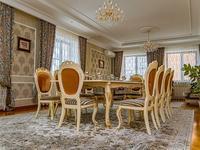 4-комнатный дом посуточно, 550 м², улица Тумар Ханым 45 за 150 000 〒 в Нур-Султане (Астана), Есиль р-н