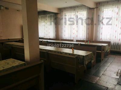 Здание, площадью 290 м², улица Бурова 21/1 за 41 млн 〒 в Усть-Каменогорске