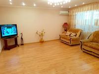 2-комнатная квартира, 71 м², 3/10 этаж, Мкр Усольский, Майры 49 за 18.9 млн 〒 в Павлодаре
